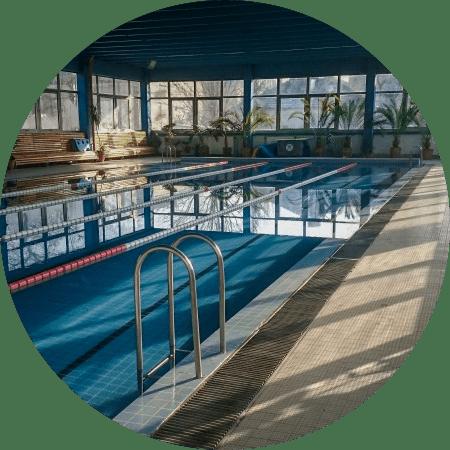 Széchenyi úti uszoda úszásoktatás gyerekeknek felnőtteknek