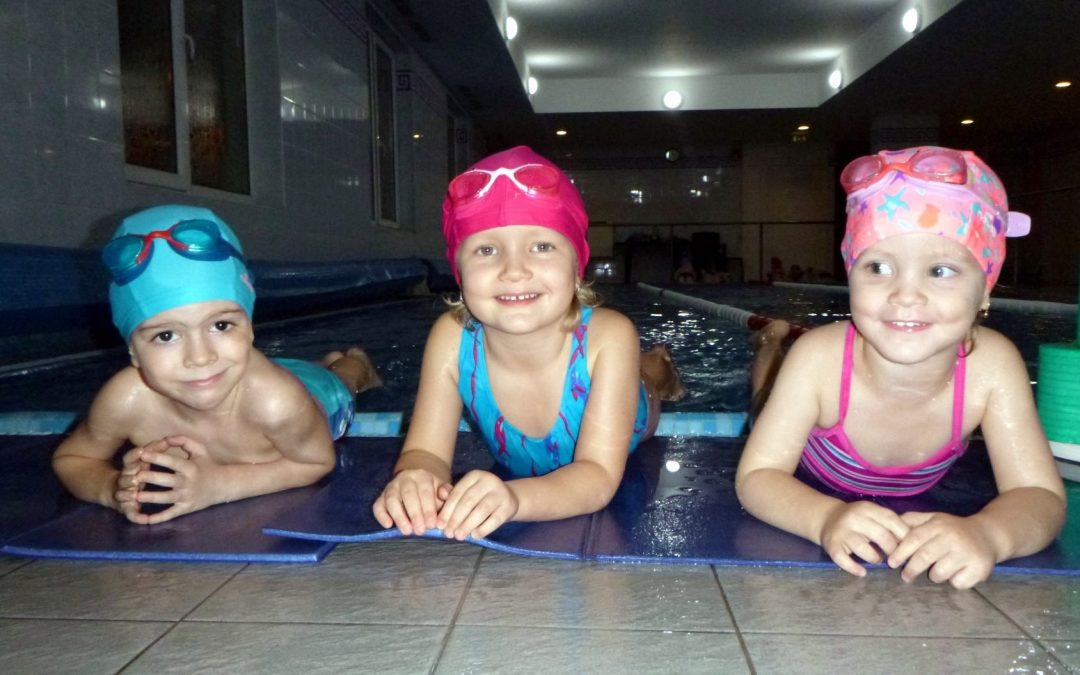 Hány éves kortól érdemes elkezdeni az úszást?
