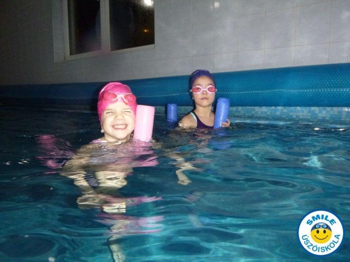 gyermek úszás tanfolyam