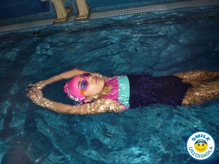 kis létszámú úszásoktatás gyerekeknek