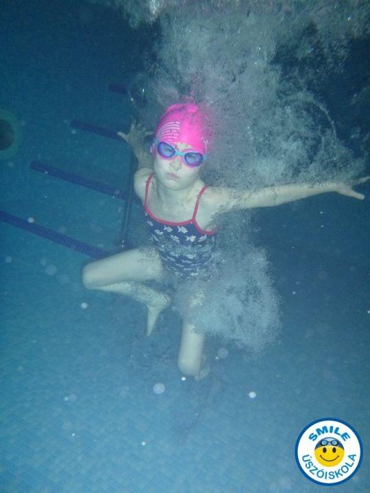 gyermek úszásoktatás 3 éves kortól Budapesten