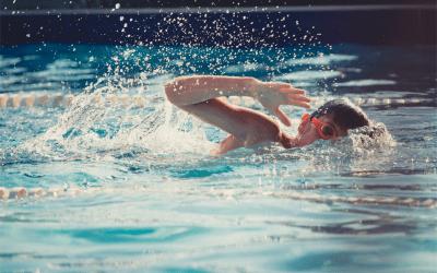 Bányászd elő a fürdőruhád! – 10 érv a téli úszás mellett